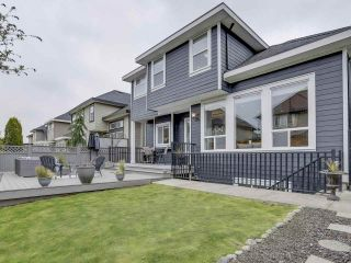 """Photo 20: 17387 3 Avenue in Surrey: Pacific Douglas House for sale in """"SUMMERFIELD"""" (South Surrey White Rock)  : MLS®# R2257323"""