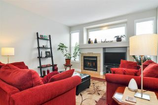 """Photo 3: 19087 69A Avenue in Surrey: Clayton House for sale in """"Clayton Heights"""" (Cloverdale)  : MLS®# R2356050"""