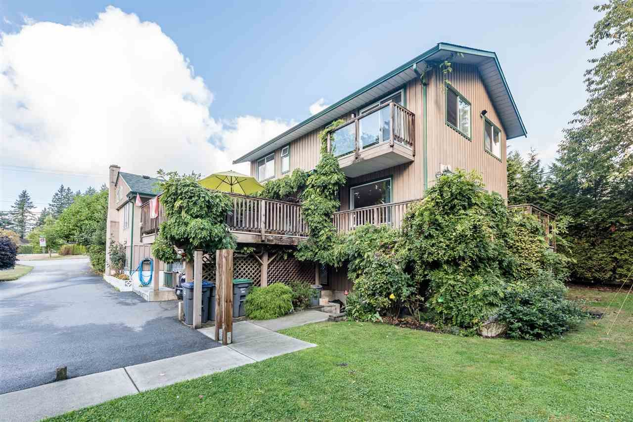 Main Photo: 5534 120 Street in Surrey: Panorama Ridge House for sale : MLS®# R2494689