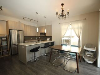 """Photo 4: 118 19433 68 Avenue in Surrey: Clayton Townhouse for sale in """"THE GROVE"""" (Cloverdale)  : MLS®# R2309717"""