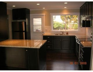 """Photo 3: 1240 PINEWOOD in North_Vancouver: Norgate House for sale in """"NORGATE"""" (North Vancouver)  : MLS®# V685848"""