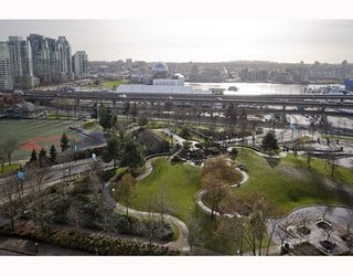 """Photo 7: 1509 550 TAYLOR Street in Vancouver: Downtown VW Condo for sale in """"The Taylor"""" (Vancouver West)  : MLS®# V804974"""