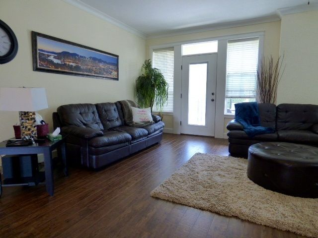 """Photo 7: Photos: 35 45290 SOOWAHLIE Crescent in Chilliwack: Vedder S Watson-Promontory Townhouse for sale in """"PARKGATE"""" (Sardis)  : MLS®# R2076757"""