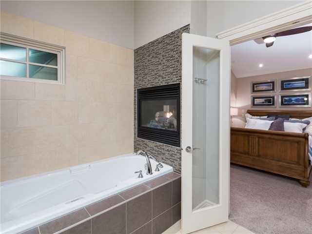 Photo 11: Photos: 4108 18 Street SW in Calgary: Altadore_River Park House for sale : MLS®# C3647422