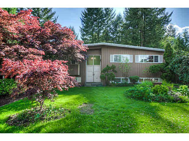 """Main Photo: 7662 KERRYWOOD Crescent in Burnaby: Government Road House for sale in """"GOVERNMENT ROAD"""" (Burnaby North)  : MLS®# V1119850"""