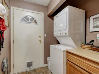 Photo 17: 6 1356 Slater St in : Vi Mayfair Row/Townhouse for sale (Victoria)  : MLS®# 884232
