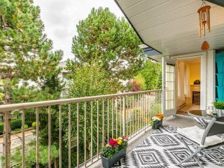 """Photo 18: 306 15298 20 Avenue in Surrey: King George Corridor Condo for sale in """"WATERFORD HOUSE"""" (South Surrey White Rock)  : MLS®# R2625551"""