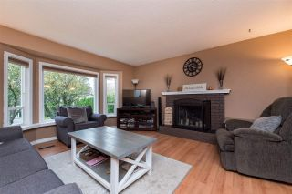 Photo 4: 26447 28B Avenue in Langley: Aldergrove Langley House for sale : MLS®# R2512765