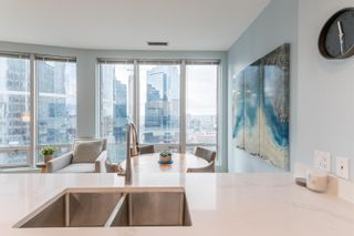 """Photo 11: 1403 989 NELSON Street in Vancouver: Downtown VW Condo for sale in """"THE ELECTRA"""" (Vancouver West)  : MLS®# R2617547"""