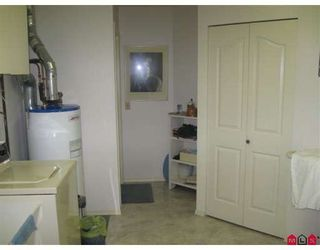"Photo 8: 131 1450 MCCALLUM Road in Abbotsford: Poplar Townhouse for sale in ""CROWN POINT VILLA"" : MLS®# F2908090"