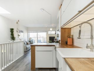 """Photo 21: 209 1195 W 8TH Avenue in Vancouver: Fairview VW Townhouse for sale in """"ALDER COURT"""" (Vancouver West)  : MLS®# R2560654"""