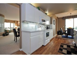 "Photo 9: 1402 32330 S FRASER Way in Abbotsford: Abbotsford West Condo for sale in ""TOWN CENTRE"" : MLS®# F1415327"