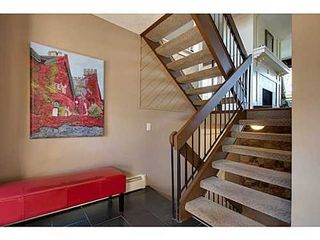 Photo 2: 6 828 COACH BLUFF Crescent SW in Calgary: 2 and Half Storey for sale : MLS®# C3560991