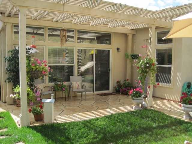 Photo 8: Photos: EAST ESCONDIDO House for sale : 3 bedrooms : 2461 Fallbrook in Escondido