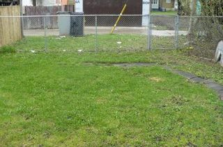 Photo 17: 493 BOYD Avenue in Winnipeg: Residential for sale (Canada)  : MLS®# 1108523