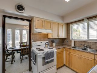 Photo 13: 8311 DEMOREST Place in Richmond: Saunders House for sale : MLS®# R2595155