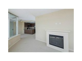 Photo 2: 2902 892 CARNARVON STREET in New Westminster: Downtown NW Condo for sale : MLS®# R2123726
