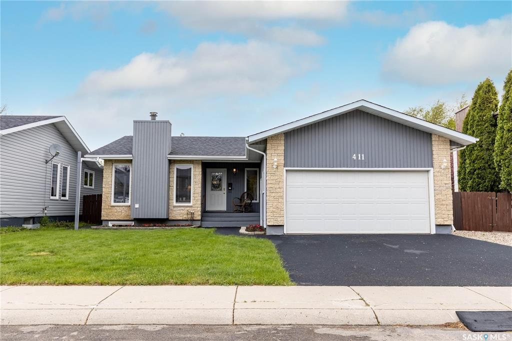 Main Photo: 411 Keeley Way in Saskatoon: Lakeview SA Residential for sale : MLS®# SK856923