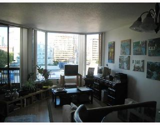 """Photo 2: 708 950 DRAKE Street in Vancouver: Downtown VW Condo for sale in """"ANCHOR POINT"""" (Vancouver West)  : MLS®# V661241"""