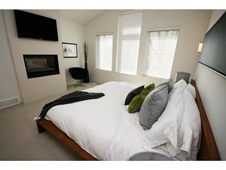 Photo 8: 2046 47 Avenue SW in CALGARY: Altadore River Park Residential Attached for sale (Calgary)  : MLS®# C3569906
