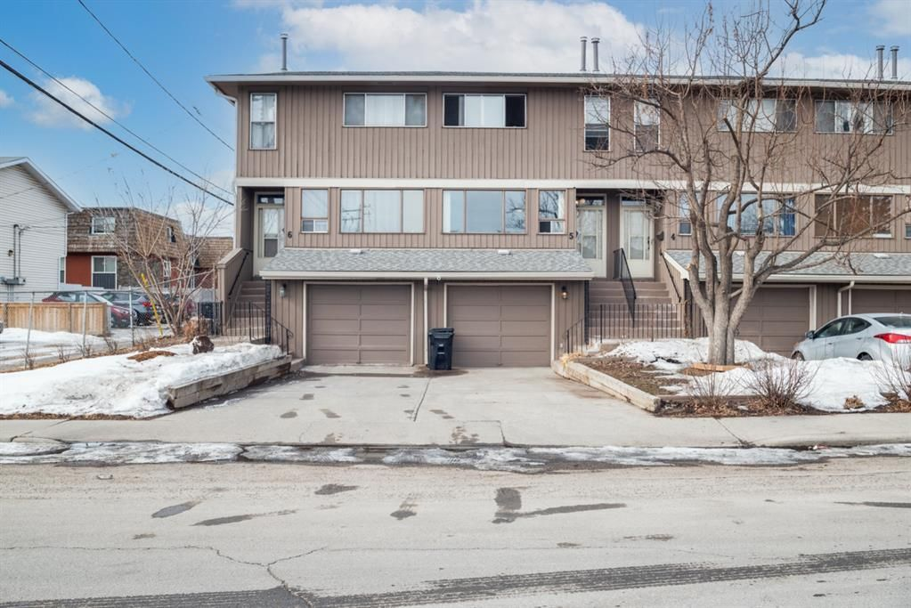 Main Photo: 5 903 67 Avenue SW in Calgary: Kingsland Row/Townhouse for sale : MLS®# A1079413