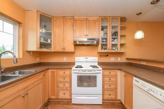 Photo 9: 2106 McKenzie Ave in : CV Comox (Town of) Full Duplex for sale (Comox Valley)  : MLS®# 874890