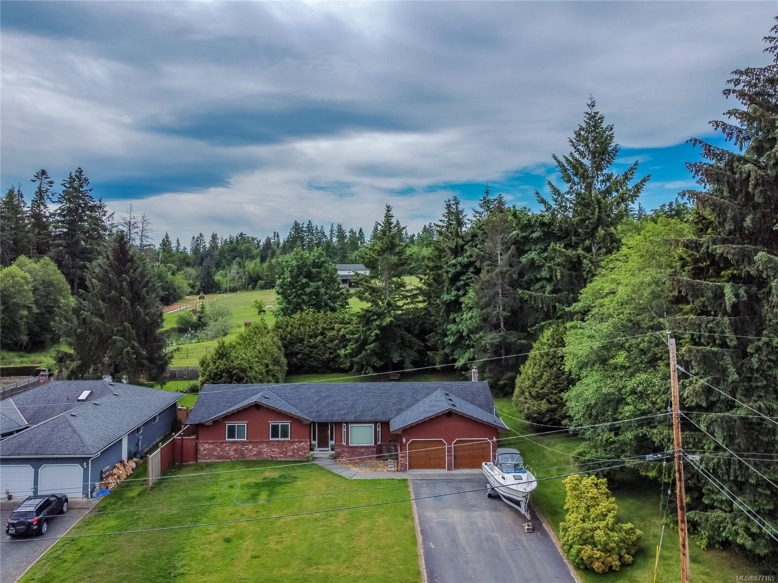 Main Photo: 173 Redonda Way in : CR Campbell River South House for sale (Campbell River)  : MLS®# 877165