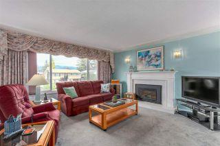 Photo 3: 822 REGAN Avenue in Coquitlam: Coquitlam West House for sale : MLS®# R2284027