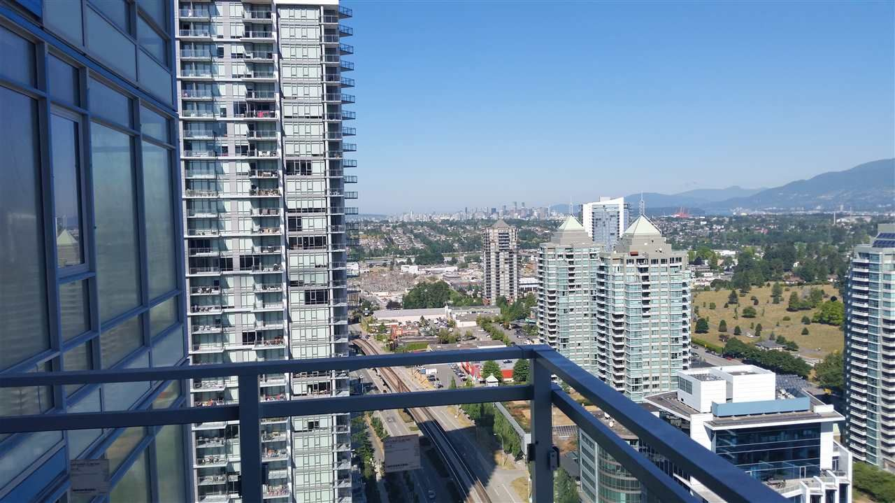 """Main Photo: 2504 4485 SKYLINE Drive in Burnaby: Brentwood Park Condo for sale in """"SOLO DISTRICT ALTUS"""" (Burnaby North)  : MLS®# R2544144"""