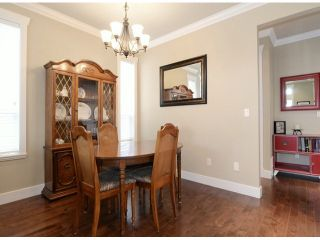 "Photo 4: 7038 195TH Street in Surrey: Clayton House for sale in ""Clayton Village"" (Cloverdale)  : MLS®# F1412928"