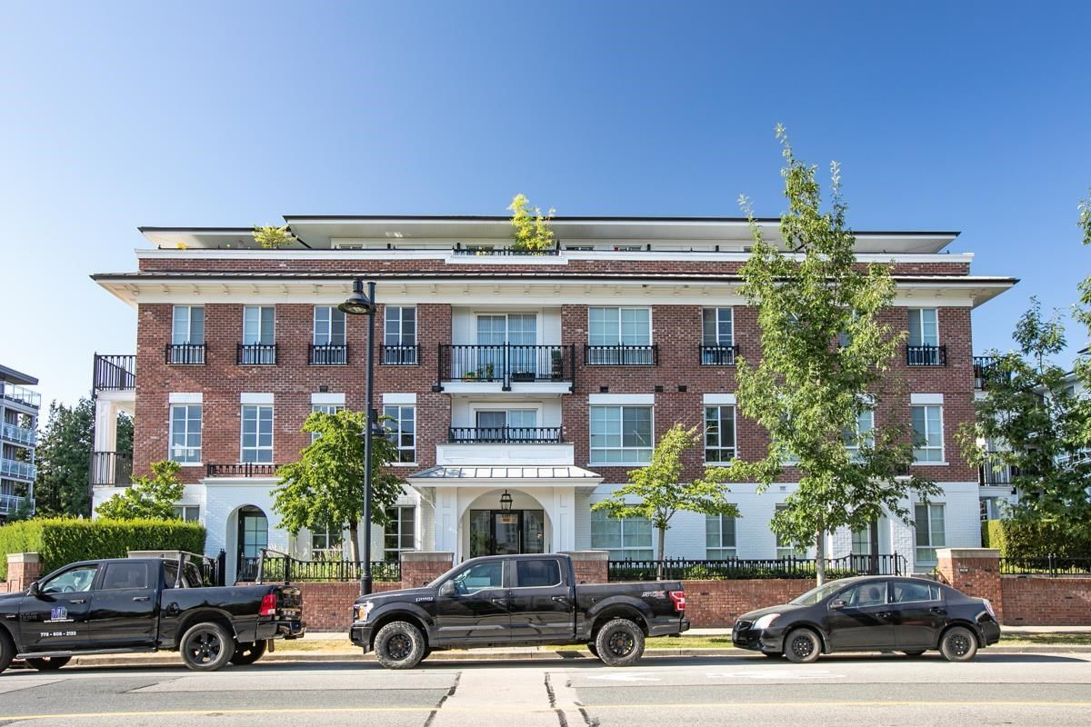 """Main Photo: 306 545 FOSTER Avenue in Coquitlam: Coquitlam West Condo for sale in """"Foster West by Mosaic"""" : MLS®# R2602882"""