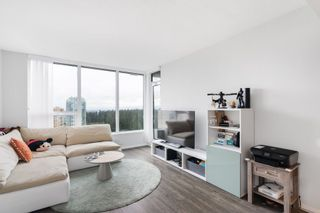 """Photo 4: 2705 5883 BARKER Avenue in Burnaby: Metrotown Condo for sale in """"ALDYNE ON THE PARK"""" (Burnaby South)  : MLS®# R2453440"""