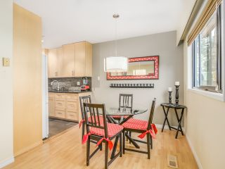"""Photo 5: 1236 PREMIER Street in NORTH VANC: Lynnmour Townhouse for sale in """"LYNNMOUR VILLAGE"""" (North Vancouver)  : MLS®# R2006636"""