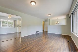 Photo 7: 2682 PARKWAY Drive in Surrey: King George Corridor House for sale (South Surrey White Rock)  : MLS®# R2578085