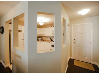 """Photo 6: 303 2435 CENTER Street in Abbotsford: Abbotsford West Condo for sale in """"Cedar Grove Place"""" : MLS®# F1412491"""