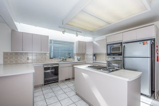 Photo 12: 7626 HEATHER Street in Vancouver: Marpole House for sale (Vancouver West)  : MLS®# R2553291