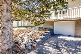 Photo 3: 11227 11 Street SW in Calgary: Southwood Semi Detached for sale : MLS®# A1153941
