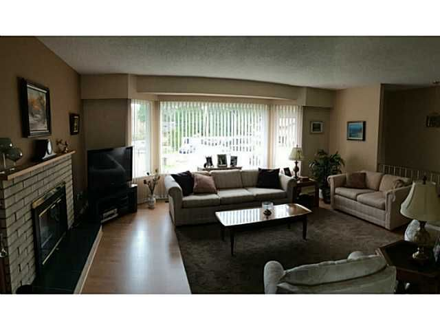 Photo 4: Photos: 20273 49TH Avenue in Langley: Langley City House for sale : MLS®# F1433860