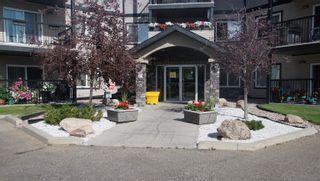 Photo 2: 106 5951 165 Avenue in Edmonton: Zone 03 Condo for sale : MLS®# E4259371