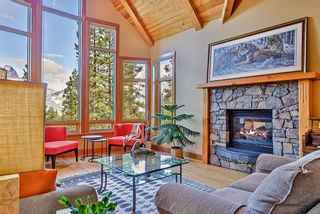 Photo 3: 853 Silvertip Heights: Canmore Detached for sale : MLS®# A1141425