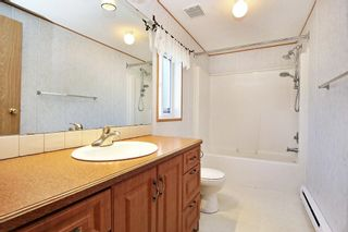 Photo 9: 40 41168 LOUGHEED Highway: Manufactured Home for sale in Mission: MLS®# R2604982
