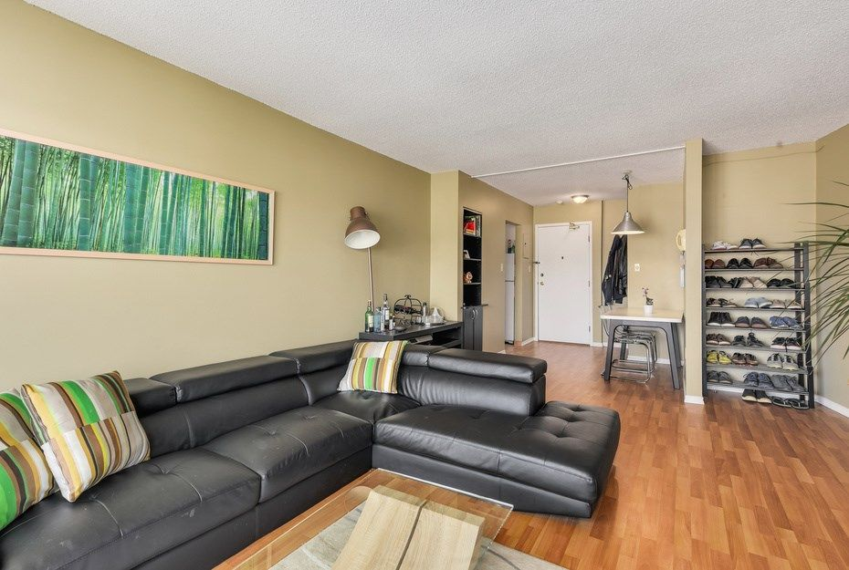 """Photo 2: Photos: 302 1933 W 5TH Avenue in Vancouver: Kitsilano Condo for sale in """"SAHLANO PLACE"""" (Vancouver West)  : MLS®# R2073154"""
