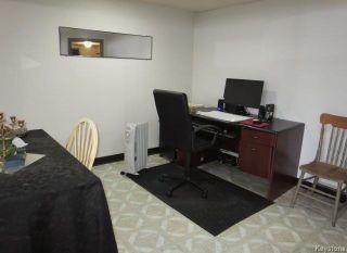 Photo 12: 754 Jefferson Avenue in Winnipeg: Garden City Residential for sale (4G)  : MLS®# 1803746