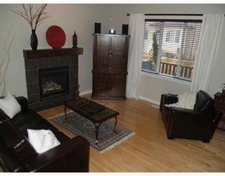 Photo 3: 203 Royal Ridge Mount NW in Calgary: Royal Oak Residential Detached Single Family for sale : MLS®# C3376574