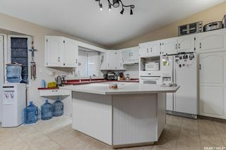 Photo 3: 516 8th Avenue North in Warman: Residential for sale : MLS®# SK872081