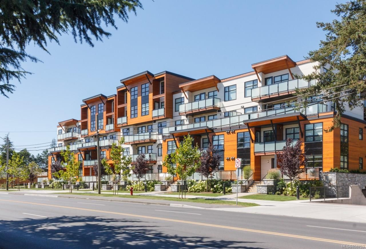 Main Photo: 415 4000 Shelbourne St in : SE Mt Doug Condo for sale (Saanich East)  : MLS®# 858753