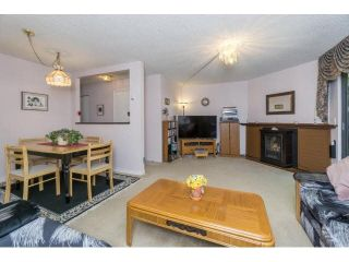 """Photo 8: 145 9455 PRINCE CHARLES Boulevard in Surrey: Queen Mary Park Surrey Townhouse for sale in """"Queen Mary Park"""" : MLS®# F1440683"""