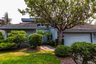 Photo 1: 6540 JUNIPER Drive in Richmond: Woodwards House for sale : MLS®# R2193618