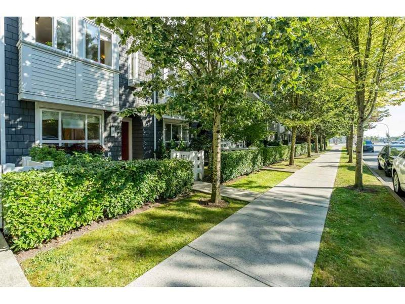FEATURED LISTING: 7 - 2418 AVON Place Port Coquitlam