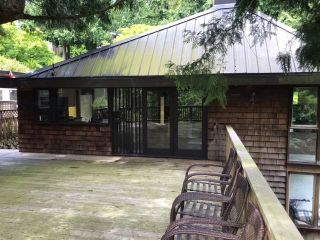 """Photo 8: 6526 WELLINGTON Place in West Vancouver: Horseshoe Bay WV House for sale in """"Horseshoe Bay"""" : MLS®# R2586498"""